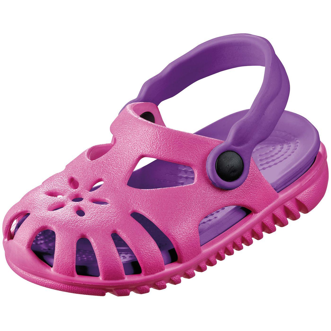 Детские сандалии легко