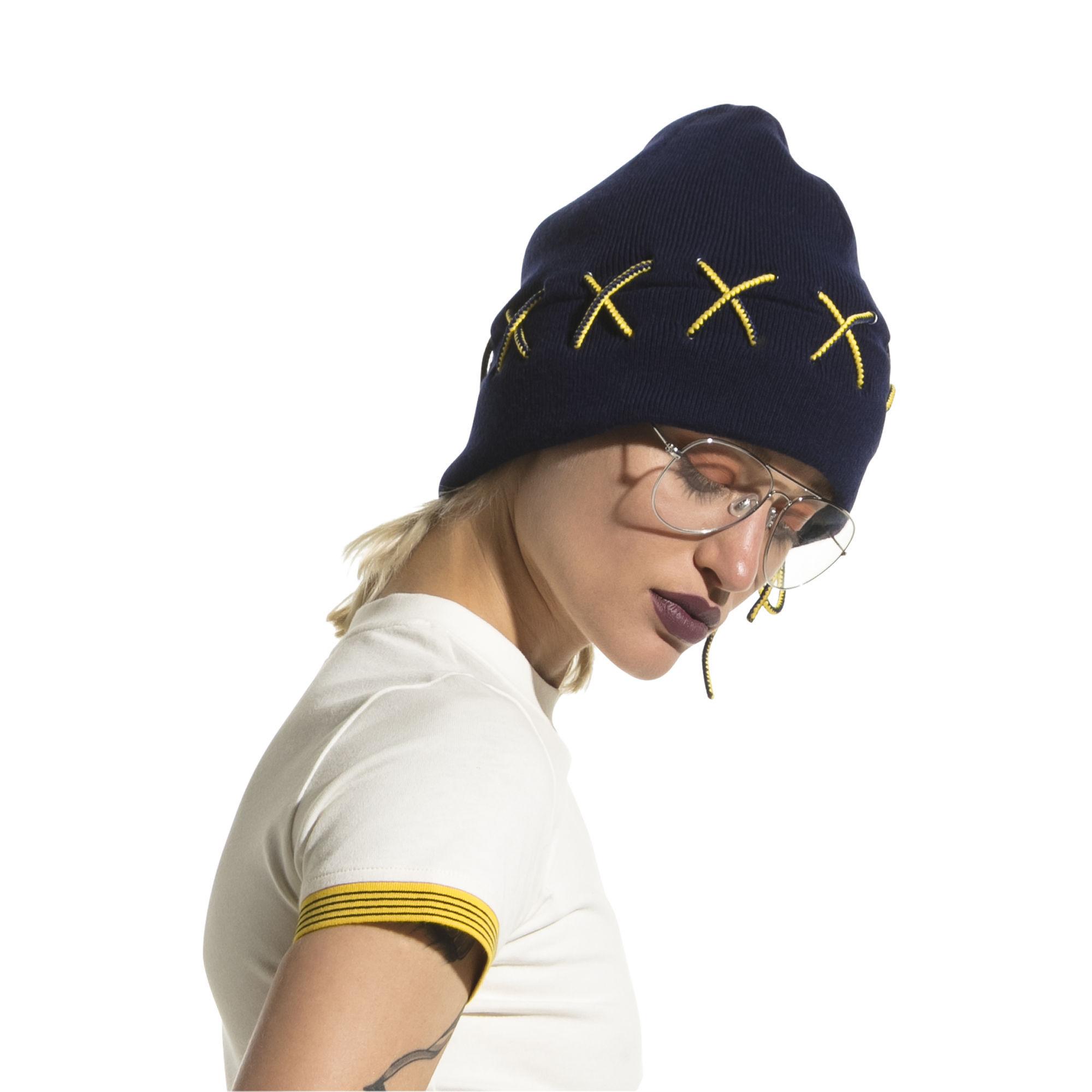 ФЕНТИ мужская шапочка с кружевами