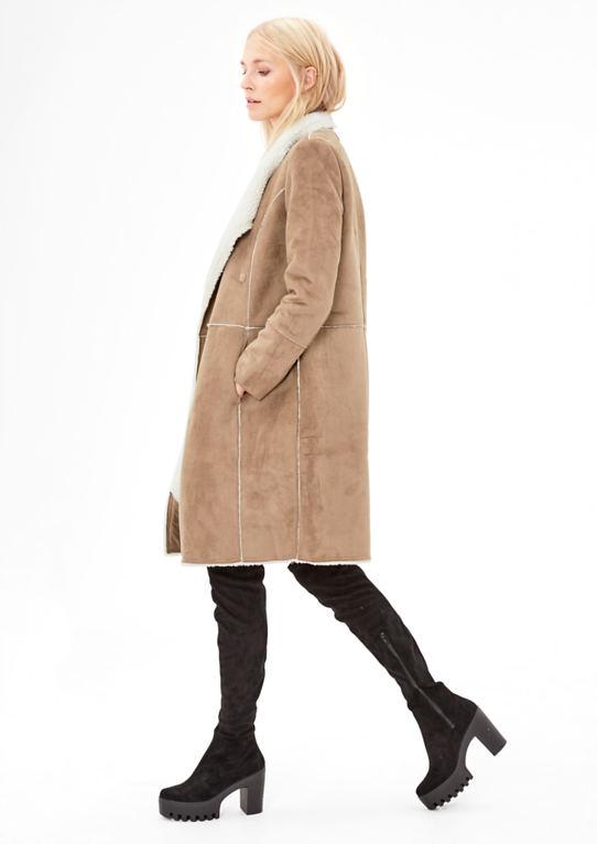 Пальто в дубленки-оптика