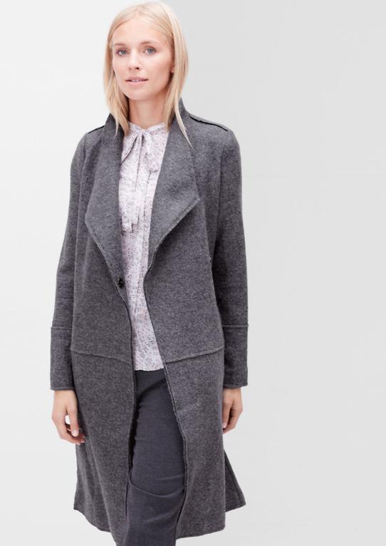 Пальто шерстяное с открытыми краями