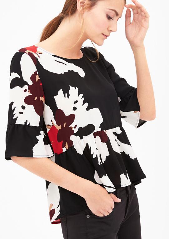 Узорчатая блузка с воланами