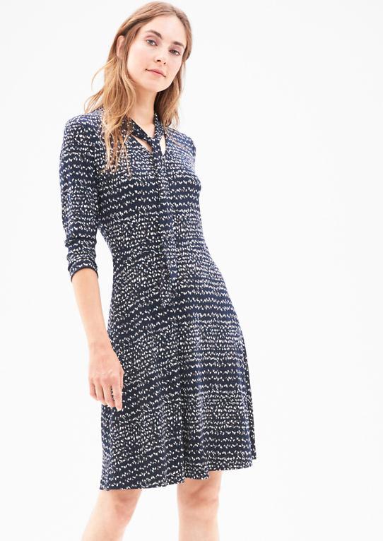Стрейч платье из Джерси