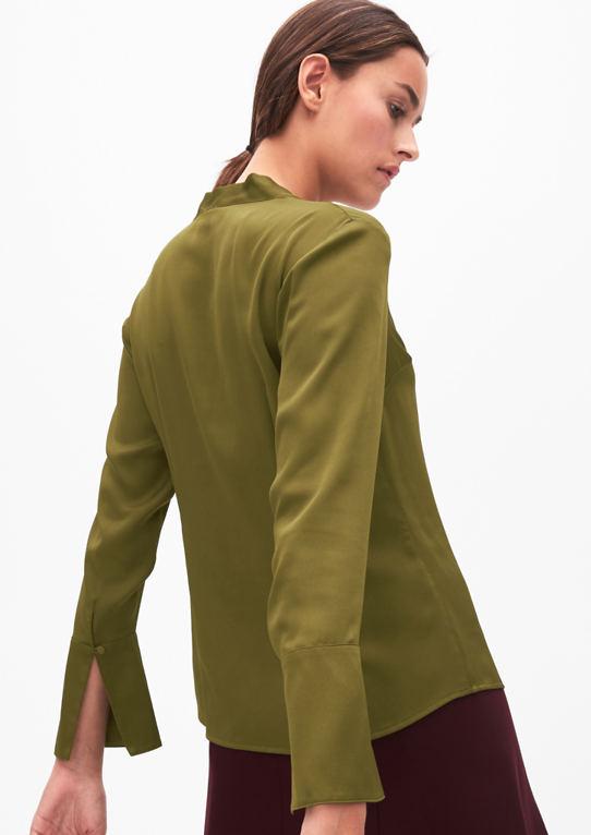Атласная блузка с Schluppe