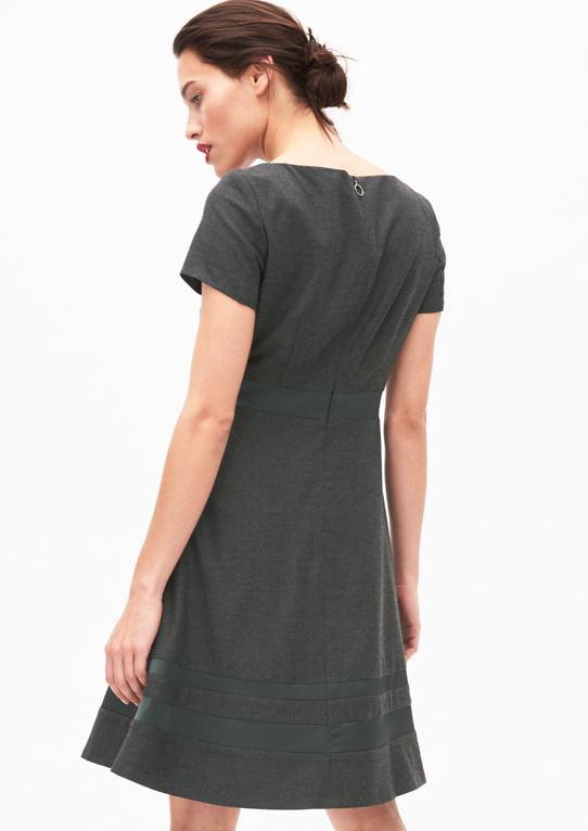 Фланель платье с атласной детали