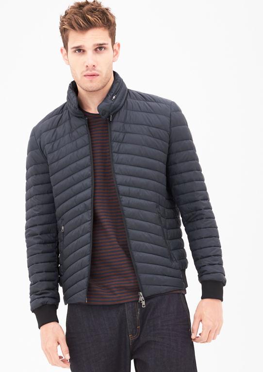 Стеганая куртка с интегрированным капюшоном