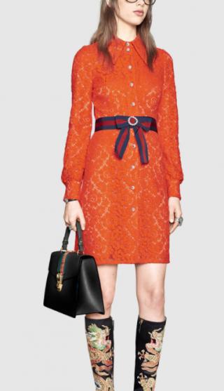 GUCCI Kleid aus Cluny-Spitze mit Webstreifen am Taillenbund € 2.600